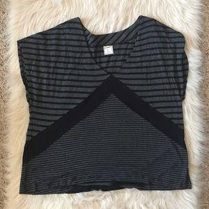 Element Tops - Striped geometric shirt