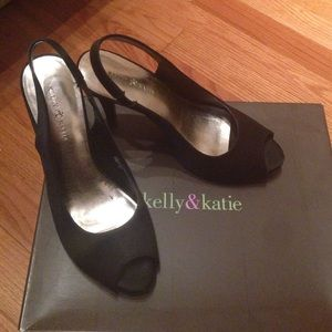 Kelly & Katie Shoes - Kelly and Katie peep toe heels