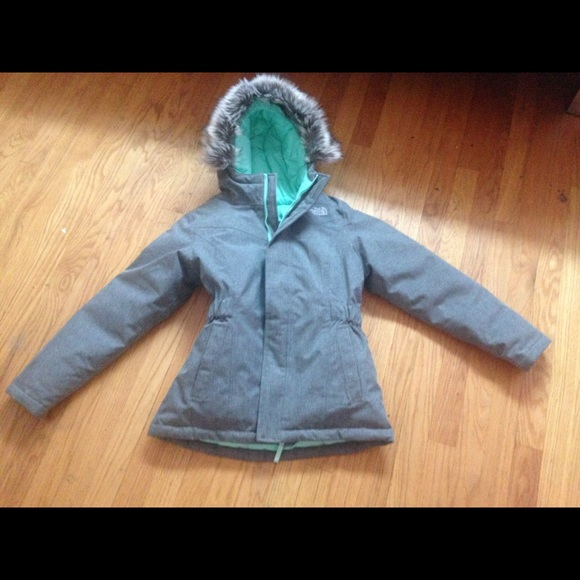 The North Face Girls  Greenland Down Parka. M 57d466e54127d0cd2300bf21 3493e2564