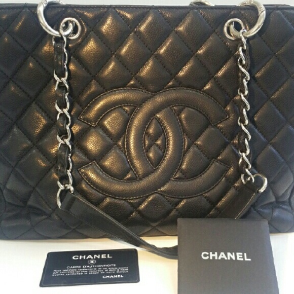 2099a6c233ea19 CHANEL Handbags - Chanel Grand Shopping Tote bag.