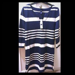 GAP Navy/White Dress 3/4 Sleeves, Knee(S) **SALE**
