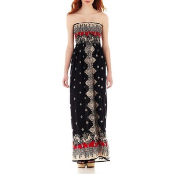 71% off Angie Dresses &amp- Skirts - Angie maxi dress from Kellyn&-39-s ...