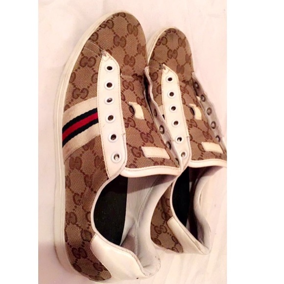 Gucci Shoes - 🎊SALEE🎊 Gucci sneakers ( Authentic)