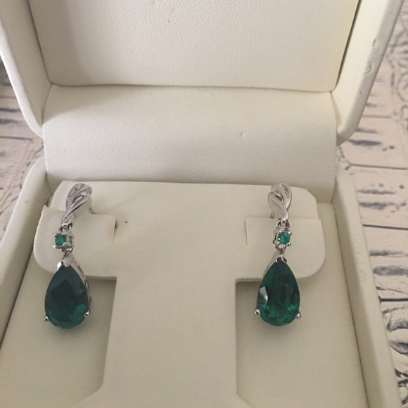 Jared Lang Jewelry Jared Earrings Emerald Stones Sterling Silver