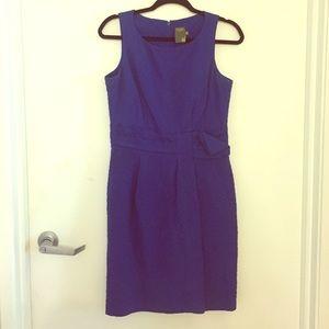 Blue sleeveless Taylor shift dress