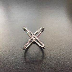 Jewelry - ⚜X-Shaped Sterling Silver Ring⚜