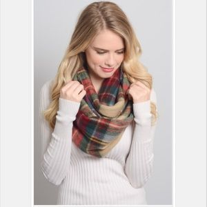 •classic plaid scarf•