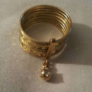 Jewelry - 14k Gold beautiful ring