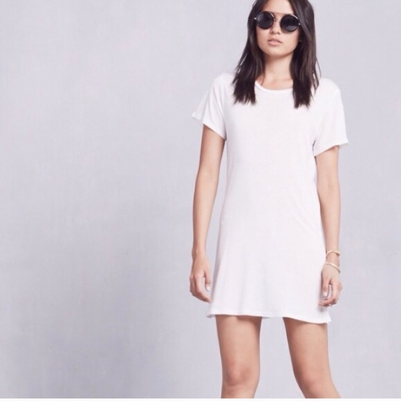 104091ef6a Reformation white t-shirt dress. M_57d4cbdb7fab3a4300029cac