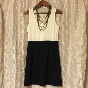 Velvet Torch Dresses & Skirts - Velvet Torch cream & black color block dress
