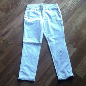 🆕White cute jeans by Worn Jeans size size 10/30