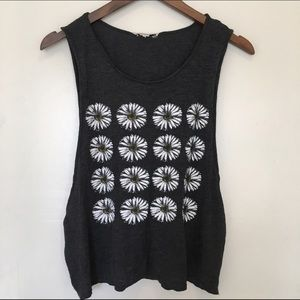 Daisy muscle tank cut off size m-l