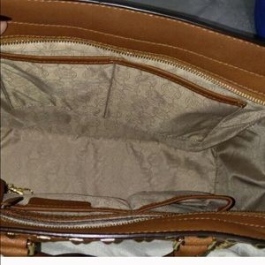 549083872c23 Michael Kors Bags - Discontinued Michael kors XL Selma