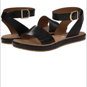 bd7fe1122 Clarks Shoes - NIB Clarks Romantic Moon Sandals Flat Black 7.5