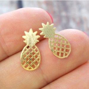 Jewelry - Gold Pineapple Earrings