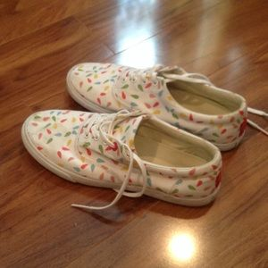 Bucketfeet Shoes - Lightly used sneakers