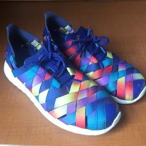 Nike Roshe (size 8) Woven Rainbow Running Shoe