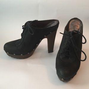 Sam Edelman black leather slip on clog platform 7