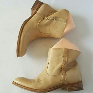 n.d.c. Shoes - 💖Sale💖n.d.c. Handmade Ankle  Moto Boots