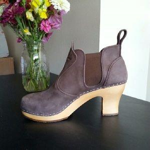 Swedish Hasbeens Shoes - NIB Swedish Hasbeens sz 8  brown leather booties