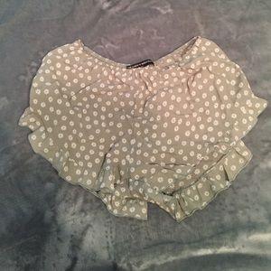 Brandy Melville Pants - Brandy Melville vodi shorts floral