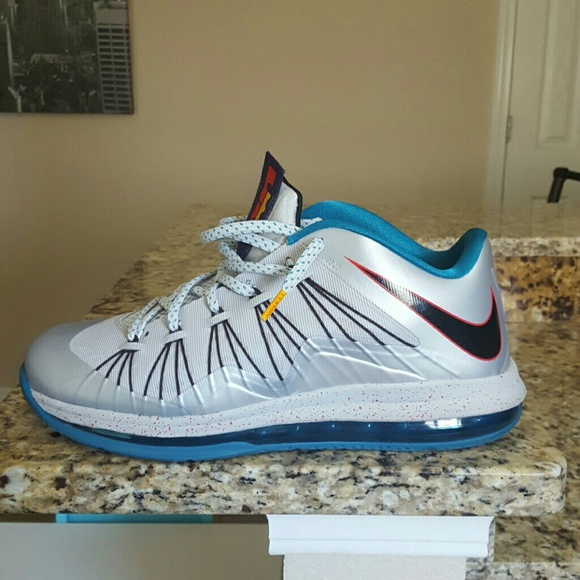 online store 3452a 3ee34 Nike Air Zoom Max LeBron James X 10 Low Akron Aero.  M57d5a4927f0a0596160019fb