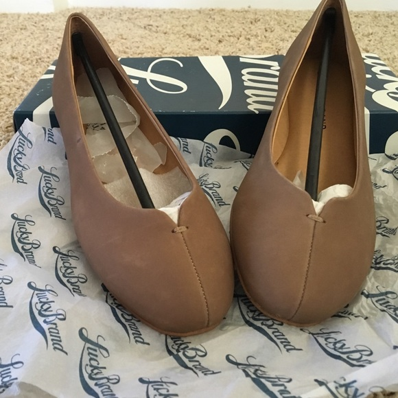 Lucky Brand Finorah Flat (Women's) VJOm6