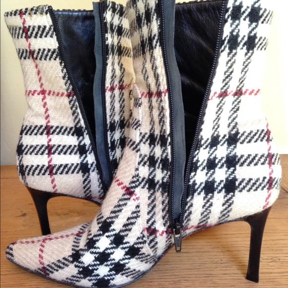Burberry Shoes - Burberry Nova Donegal Boots