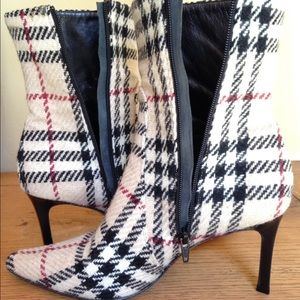 Burberry Shoes - Burberry Nova Donegal Boots