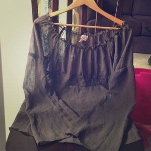 Xhilaration Tops - 🌟BROWN FLOWY TOP🌟🚦*donating soon!*🚦