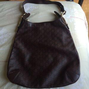 Gucci Handbags - SALE Authentic Gucci leather shoulder bag
