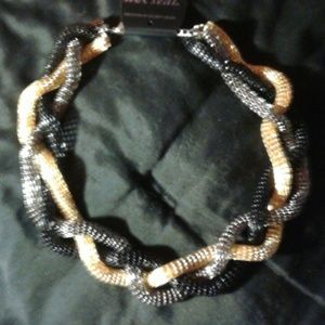 Guess Gold, silver, black braided necklace💎NWOT🌹