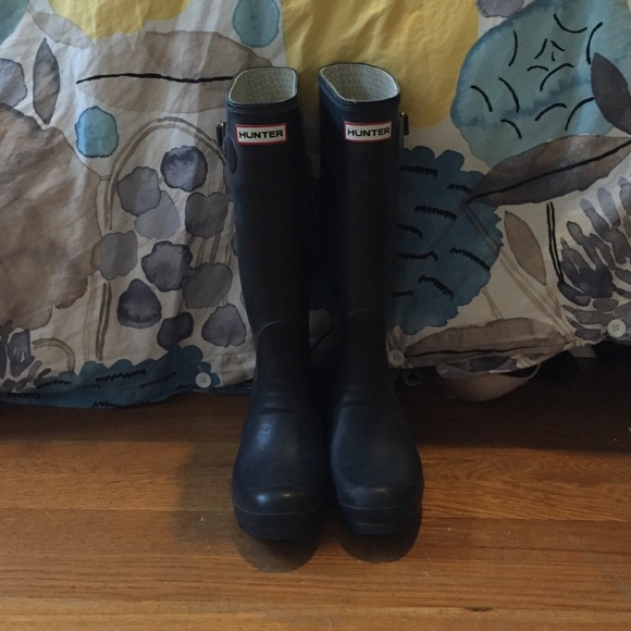 63% off Hunter Shoes - Hunter boots size 6 from Rachel's closet on ...