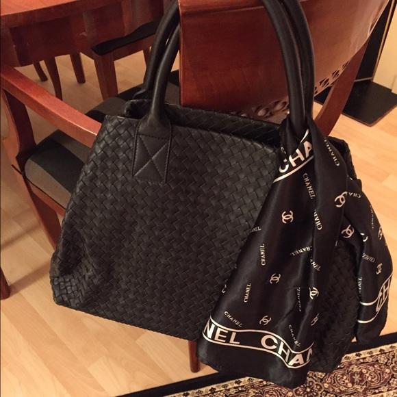 Bottega Veneta Handbags - 🎀Botegga Veneta🎀 Inspired Black Leather Bag 6412c20fa6fd7