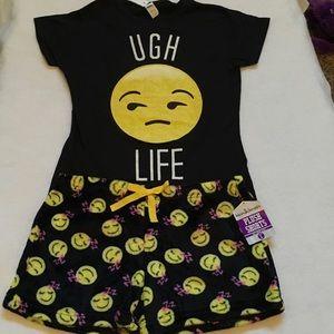 Boutique Other - Emoji lounge/sleepwear set. Size L NWT