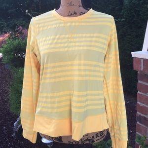 ⬇️ Sale⬇️ $35 Lululemon yellow top
