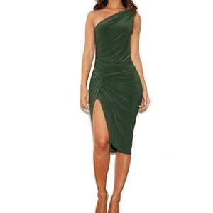 Dresses & Skirts - Green one shoulder dress