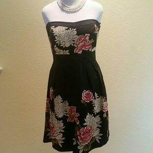 Black print strapless dress