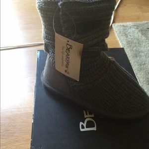 BearPaw Other - BearPaw Girls Boots NWT size 1