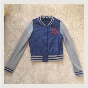 Stylish lettermen/baseball jacket