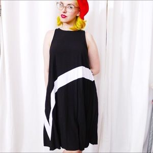 Forever 21 Dresses - Black and White A-Line Dress