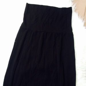 Tilly's Dresses & Skirts - Full tilt Black Maxi Skirt