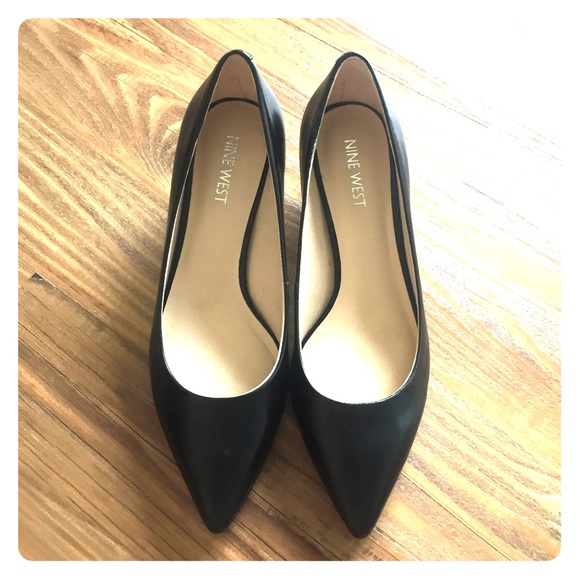 f4bc246af4691 Nine West Shoes | Black Pointed Toe Pumps | Poshmark