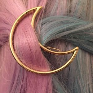 Starling Darlings Accessories - Gold Crescent Moon Hair Clip
