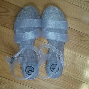 JuJu Shoes - NWOT juju clear glitter sandals