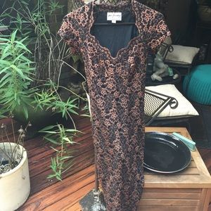 Ann Ferriday Dresses & Skirts - Lace dress