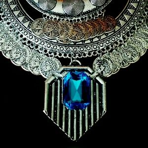 Jewelry - SILVER COIN STATEMENT NECKLACE