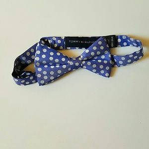 Other - Tommy Hilfiger  bow tie