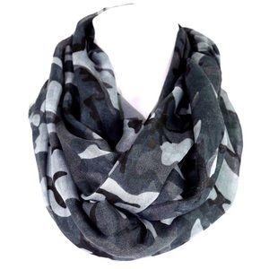 B43 Gray Black Camouflage Infinity Scarf