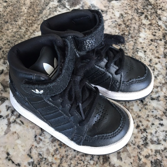 adidas trainers for kids size 5